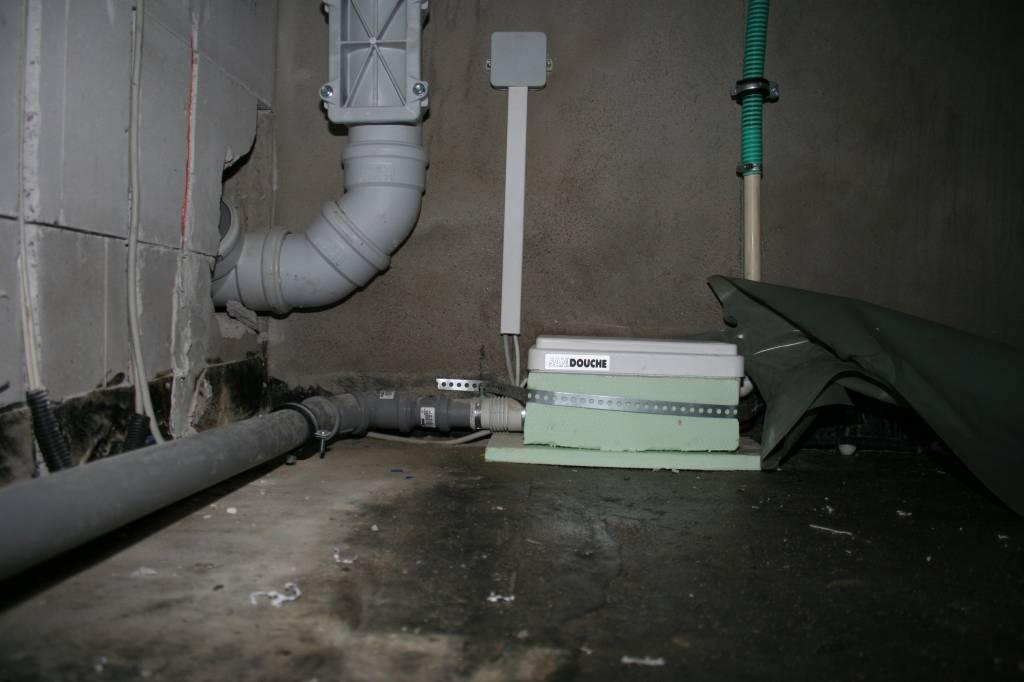 Dusche Im Keller Hebeanlage : eine kleine Hebeanlage, aber zum Gl?ck nur f?r die Dusche im Keller